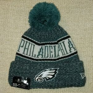 Philadelphia Eagles winter hat with pom